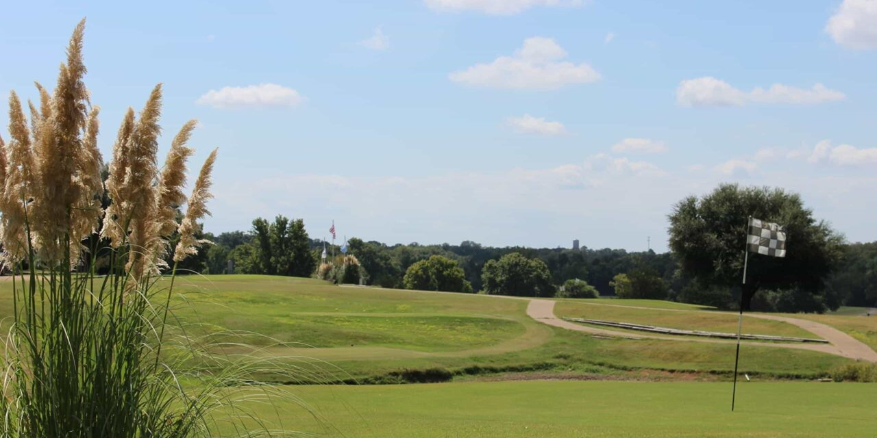 Council approves short-term golf course agreement; City attorney says document does not fully address ongoing legal issues